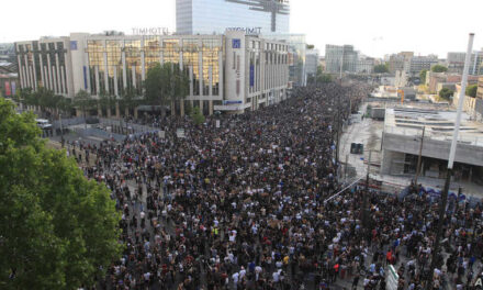 Thousands In Defied Police Ban To Converge On Main Paris Courthouse To Support US George Floyd Protesters.