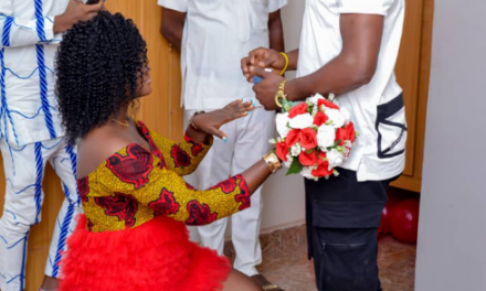Nigerian lady reveals why she knelt down to accept her man's proposal