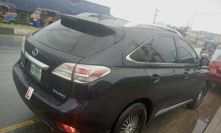 Man loses his Lexus Jeep after using it to place bet in Anambra