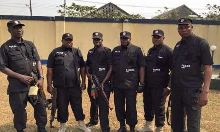 Federal Government of Nigeria bans SARS after weekend criticism on Twitter