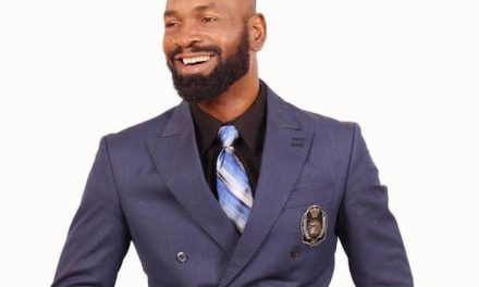'I borrowed to buy Blackberry Passport just to belong' — Actor Sylvester Madu