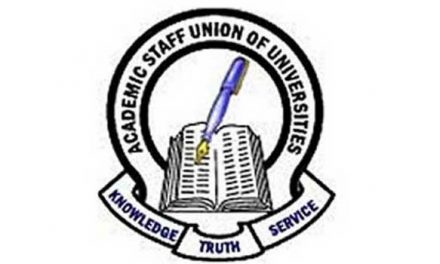 ASUU tells Nigerians to blame the Federal Government for its next action